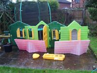 Little Tikes outdoor wendy house.Hard wearing Plastic construction + 4 outdoor play toys .