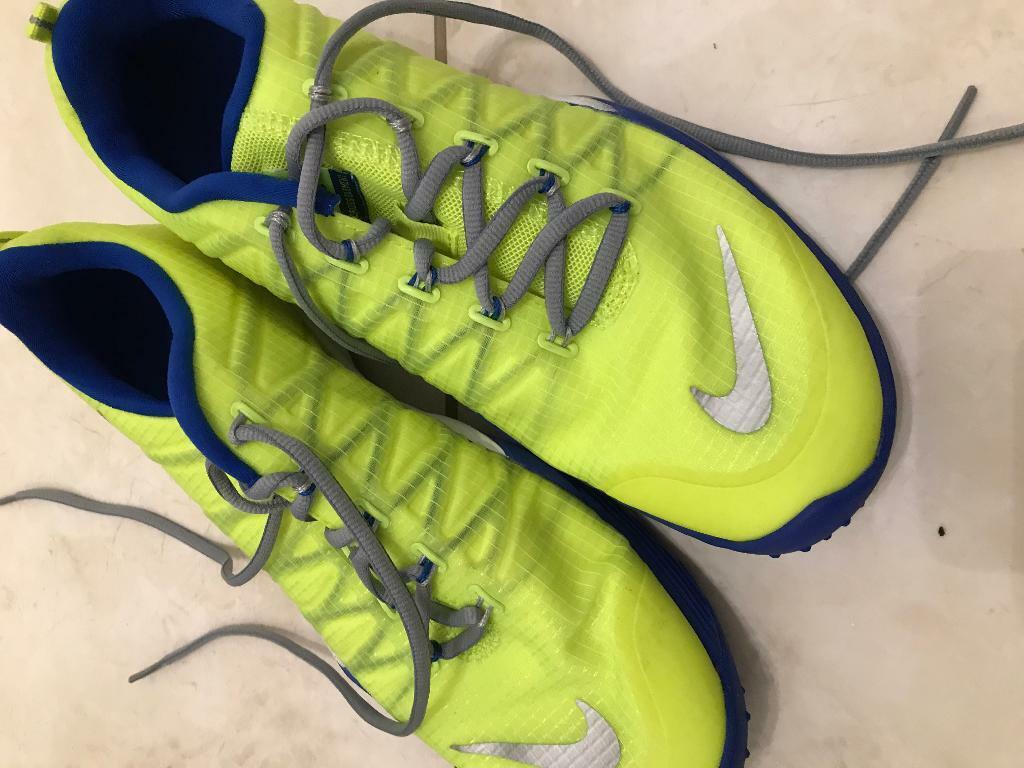 6dc0dbd9ae5bd Vg gymn only training shoes. In vgc. Size 39.