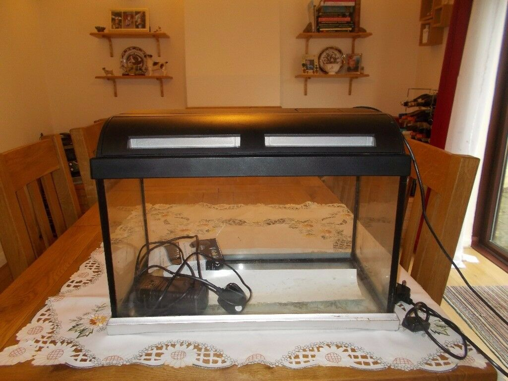 Marina Fish Tank for sale in good working order 60x 26