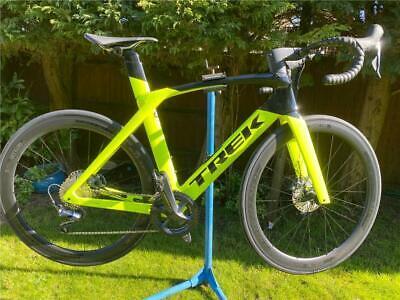 Trek madone slr 7 disc project one road bike aero triathlon road bike aerobars