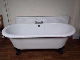 Roll Top Bath Freestanding Acrylic
