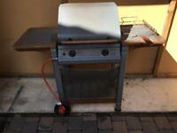 Gas barbecue working