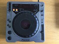 For Sale: Pioneer CDJ 800 and Pioneer CDJ 100-S