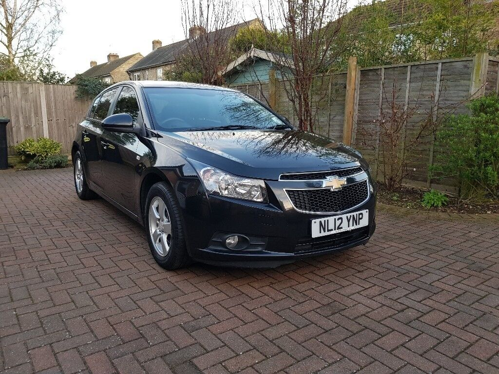 chevrolet cruze 2012 59000 miles in sandy bedfordshire. Black Bedroom Furniture Sets. Home Design Ideas