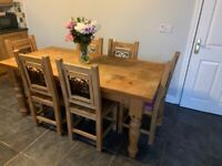 Solid Wood Dining Room Table and 6x Chairs