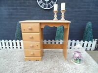 SOLID PINE FARMHOUSE DRESSING TABLE WITH 4 DOVETAIL DRAWERS VERY SOLID SET