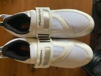 Muddy Fox cycling shoes