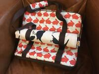 Anorak 'Kissing Rabbits' picnic coolbag with 'Kissing Robins' blanket
