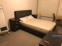 1 bedroom in Montgomery House, Manchester, M16 (#874827)