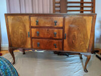Stunning Antique Walnut 1920s Vintage Retro Sideboard Dresser Buffet