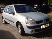 Renault clio Dynamique 1150 cc , 2004-04-plate, 103,000 miles, new MOT