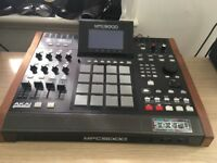 Mpc 5000 workin great, have no problem with that. U don't need a pc to make music with this!!!