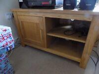Solid Oak TV / Entertainment cabinet