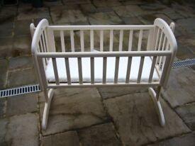 Baby's Swing Crib