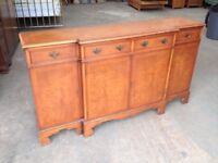 'REPRODUX' WALNUT WOOD HALL TABLE \ SIDEBOARD \ DRESSER \ CABINET ~ CAN DELIVER TO WEST MIDLANDS