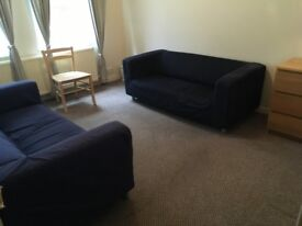 To Let 2 bedroom flat - £ 850