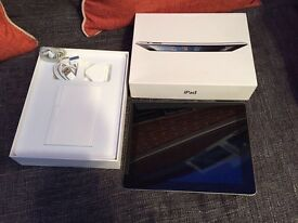 Ipad 2 black & silver good condition