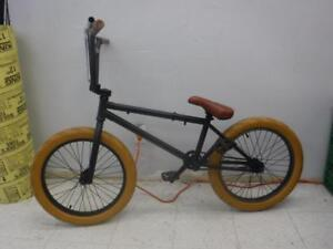 MacNeil BMX Style Bike. WE buy/sell used bikes. 116715 AT824404