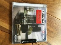 New wrapped Eminem Recovery (comes in original security packaging)