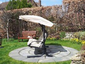 Gardena Nova 3 Seater Swinging Seat Excellent Condition £95