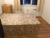 bright large single room to let@ RM18 8YR near east tilbury rail station available now good location