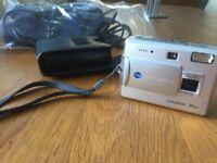 Minolta Dimage X50 digital camera