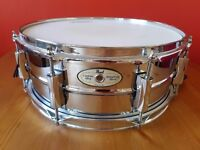 Pearl Sensitone snare drum, very good condition