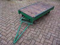 Turntable trolley/platform flatbed truck