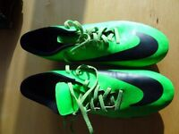 MENS Nike Hypervenom football boots. UK size 10