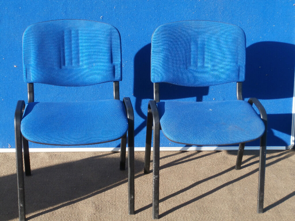 2 Blue comfy meeting chairs (Delivery)