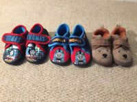 Boys toddler warm slippers size 4/5