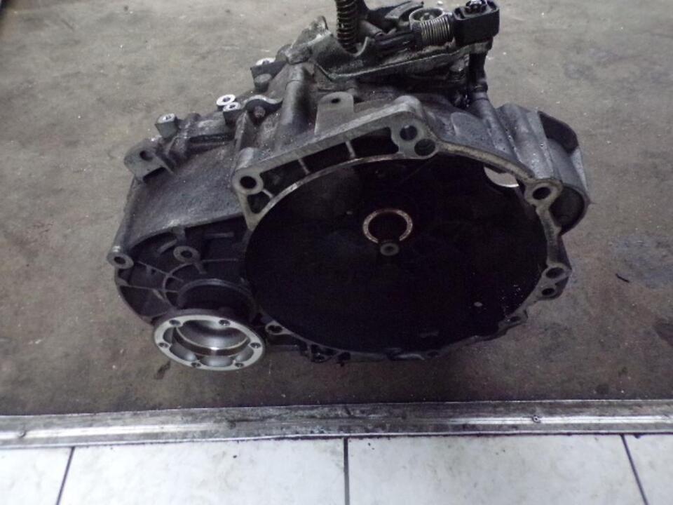 VW Eos Getriebe Schaltgetriebe 6 Gang Getriebecode JLU in Gelsenkirchen