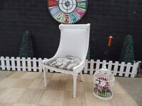 SOLID PINE BEDROOM CHAIR VERY SOLID CHAIR AND WITH A BEAUTIFUL DETAILS IN EXCELLENT CONDITION
