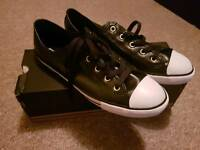 New Converse size 5.5