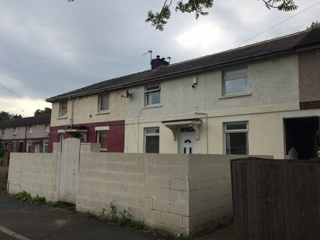 3 BED MID TOWN HOUSE | BD3 | BRADFORD MOOR | NEWLEY DECORATED | MOND AVENUE