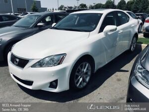 2012 Lexus IS 250 * CUIR + TOIT + AWD *