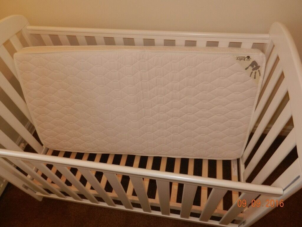 Baby Weavers DropSide Cot and Mattress