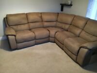 Excellent Condition Brown Corner Recliner sofa from Harveys