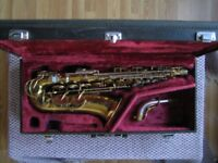 1955 KING SUPER 20 ALTO SAX SAXOPHONE WITH YAMAHA CASE