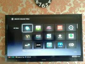 """SONY BRAVIA 46"""" Led internet tv good working conditions £305"""