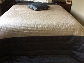 Dunelm Gold/Dark Grey Double Bedspread with cushion