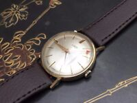 Beautiful vintage 9k 9ct solid gold Uno mens swiss watch REDUCED (Christmas)
