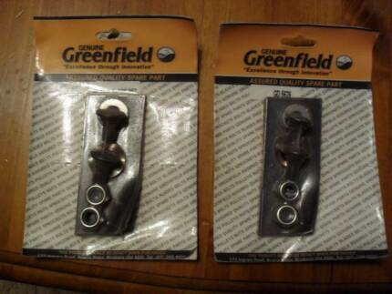 Blade/Bolt set GD5626  GENUINE Greenfield mower $12 pair