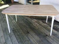 Raw oak dining table with white frame and legs. Barely used, good condition. From Heals or Habitat.
