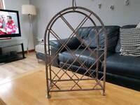 Wine rack (cast iron)