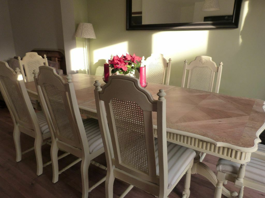 8 Ft 6 Shabby Chic French Dining Table And Bergere Chairs Designer