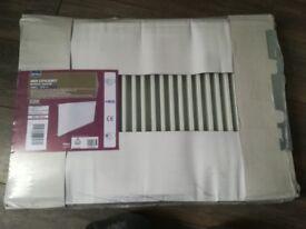 Single pane, White radiator
