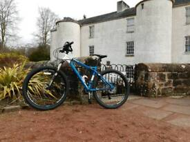 Calibre gauntlet 650b professional Mountain bike new used twice absolutely stunning