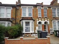 Newly refurbished unfurnished 1 bedroom ground floor flat with private garden