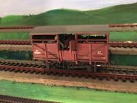 """OOgauge one """""""" SOLD """"""""off cattle wagon with load model railway"""